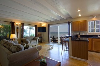 Paia Paradise Beach House 2 BDR/2 Bath